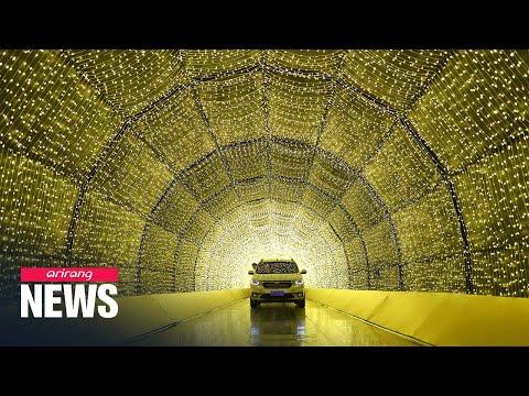 Christmas lights drive-thru brightens up Brazil during coronavirus