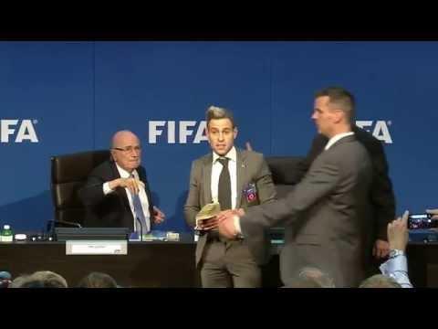 Sepp Blatter getting showered with money - Original Video