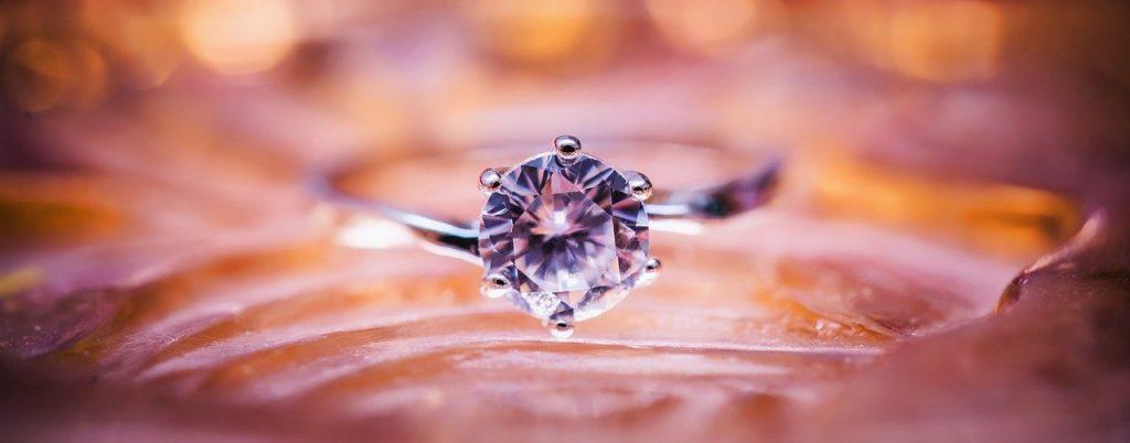 Diamantni prstan