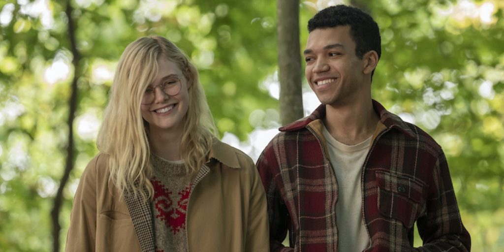 Violet (Elle Fanning) in Finch (Justice Smith)) v filmu All the bright places posnetem po knjigi Vsaj en popoln dan avtorice Jennifer Niven