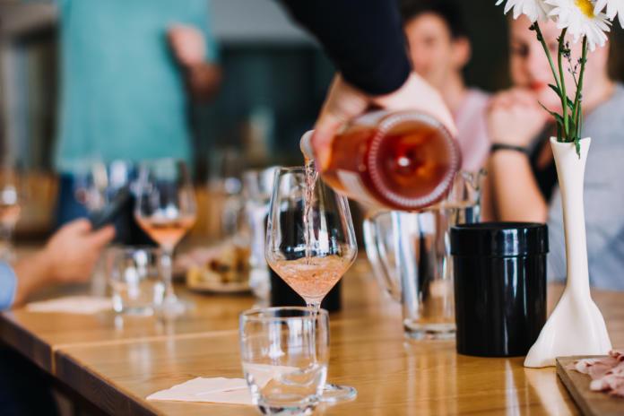 vino Rose Vinske kleti Zlati grič