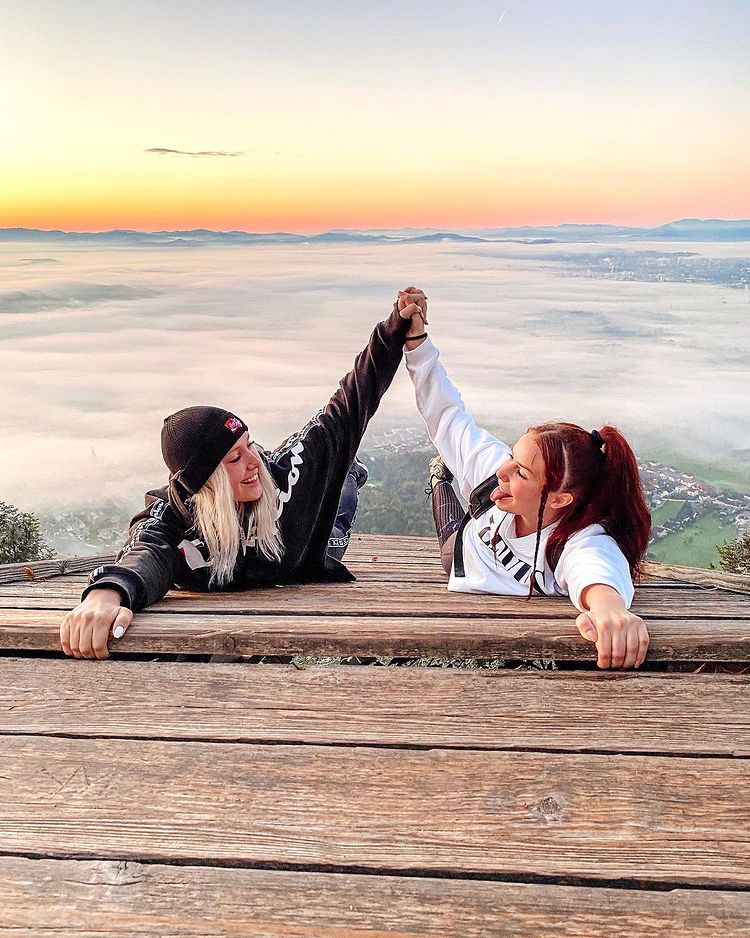 Ines Erbus in Nika Krmec